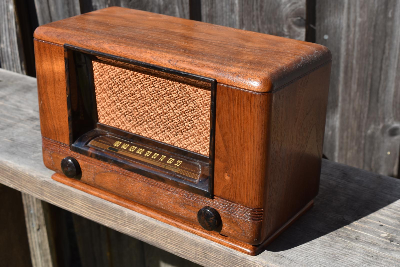 Wards Airline Radio Antique Radios Vintage