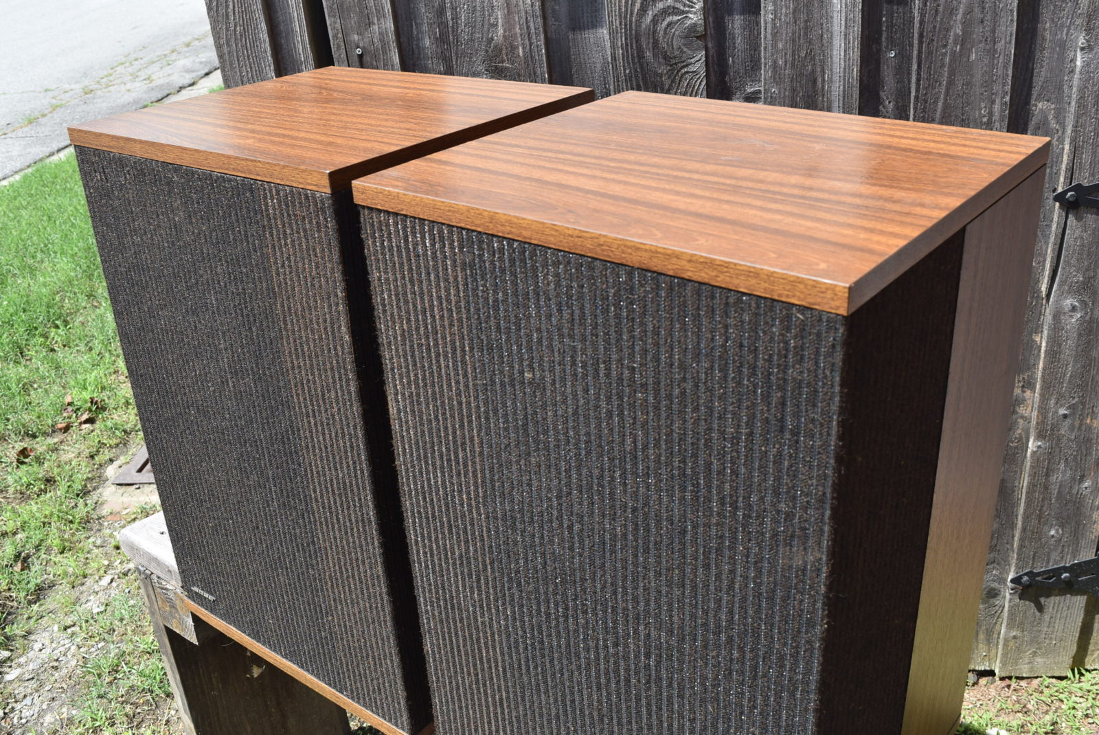 Bose Speakers Model: 501 Series IV 3 Way With 10u2033 Woofers 125 Watts Of  Handling Power. All Speakers And Crossovers Are Original. Wood Grain  Cabinets
